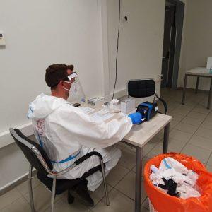 מהנדסי סופיה ישראל מדריכים את הפרמדיקים של מדא השבוע לקראת פתיחת התיירות באילת, צולם באדיבות סופיה ישראל